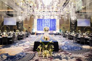 fort shangri-la wedding